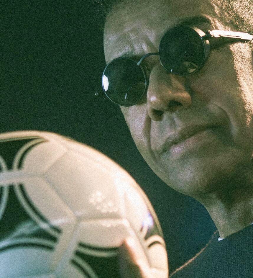 Jorge Ben Jor lança música em homenagem ao futebol