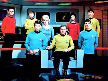 A história de Star Trek é recheada de desafios de produção, cancelamentos e dificuldades que não impediram-na de fazer história no mundo real