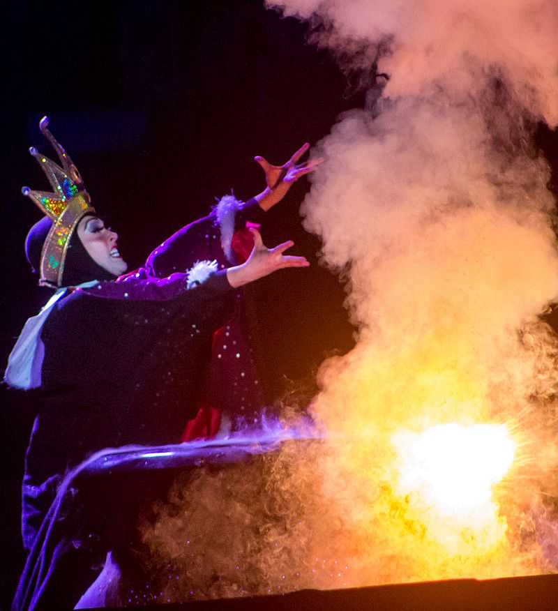 Sinta-se como se estivesse no Fantasmic! da Disney