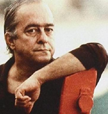 Vinicius de Moraes deixou sua marca na MPB, sendo eternamente lembrado como um dos grandes letristas da Bossa Nova.