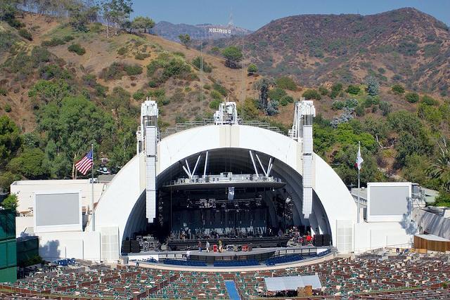 Uma orquestra cinematográfica, tinha que ser em Hollywood